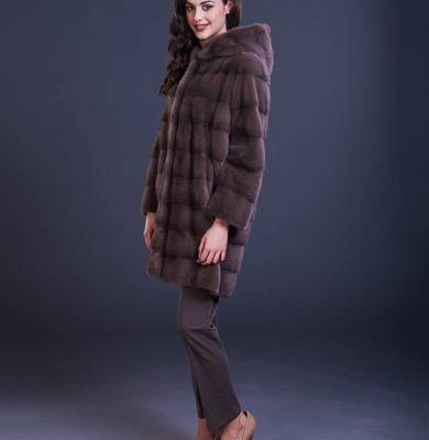 Cappottino in visone con cappuccio - Compel
